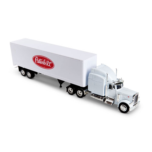 1:32 Scale-Model Peterbilt 379 Truck